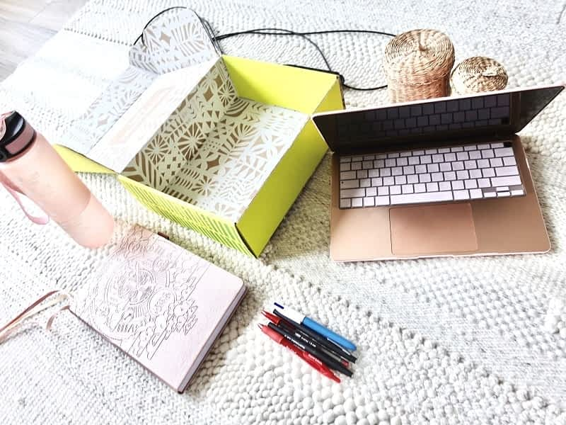 these are my go to tools to organize my life